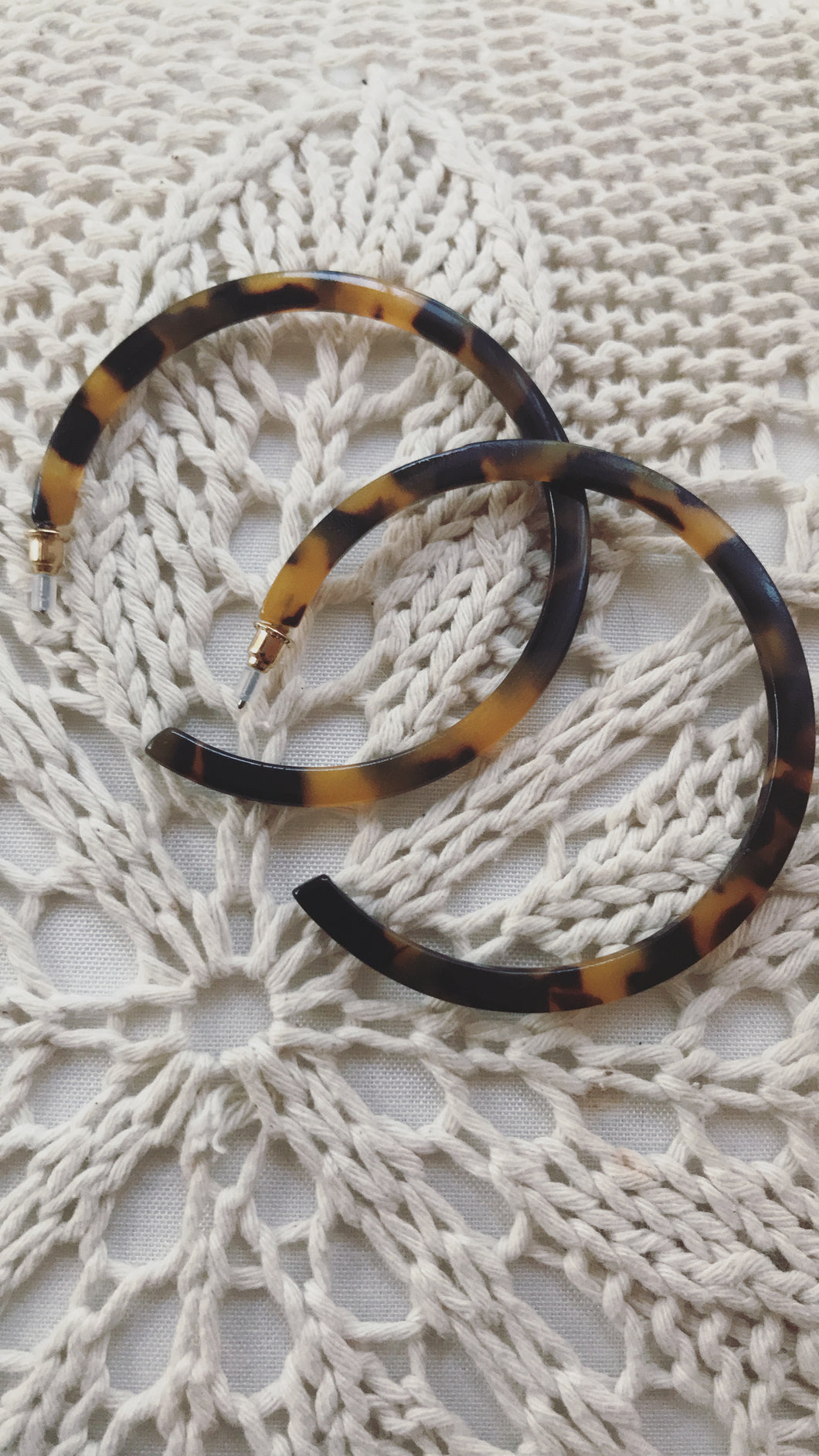 Tortoise Shell Hoop Earrings | Claire de Lune Boutique