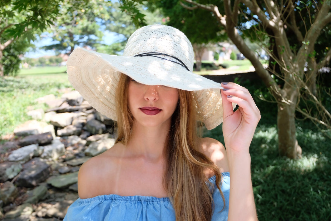 Crochet Floppy Beach Hat | Claire de Lune Boutique