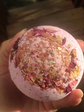 Load image into Gallery viewer, Sex & Chocolate Bath Bomb