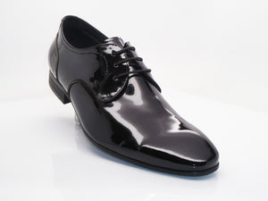 Patent Leather Lace-Up Oxford Black