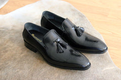 Burnished Calfskin Tasseled Loafer Black