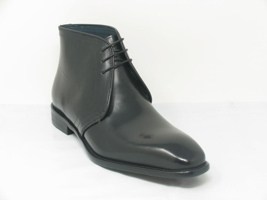 Calfskin Chukka Boot Black