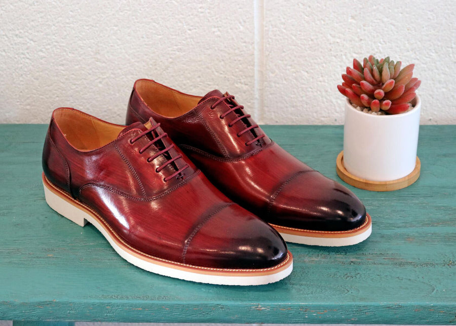 Carrucci by Maurice Burnished Calfskin Lace-Up Oxford Burgundy