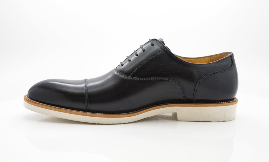 Carrucci by Maurice Burnished Calfskin Lace-Up Oxford Grey