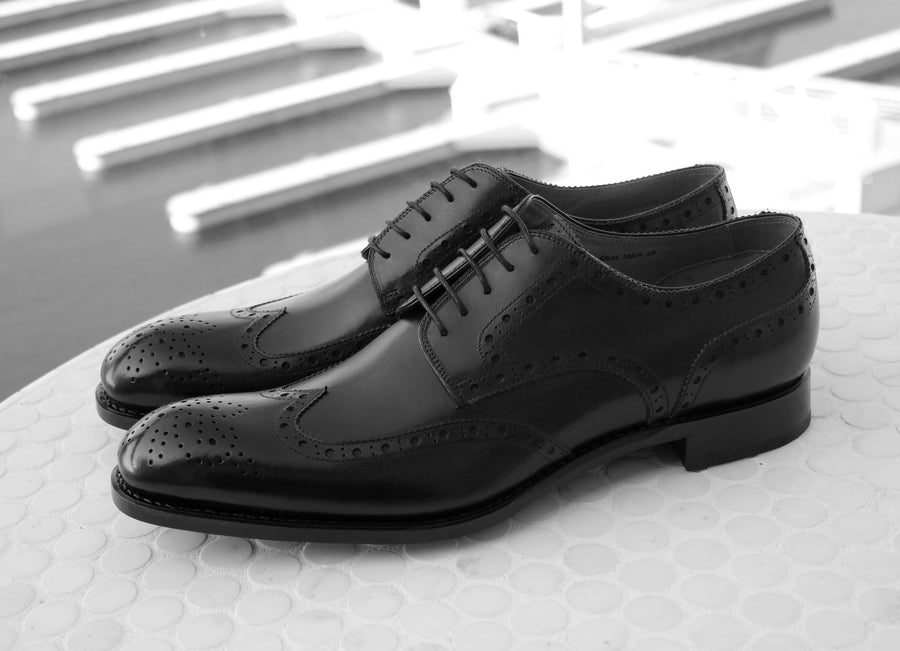 Calfskin Wingtip Oxford Black