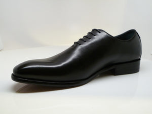 Burnished Calfskin Lace-Up Oxford Black