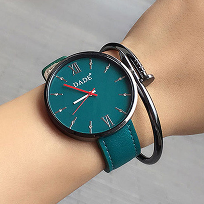 Branded Luxury Women Wristwatches Casual fashion Ladies' Leather Quartz Watch Montre Femme Mujer Relogio Feminino