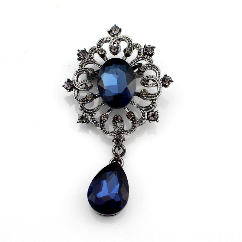 Autumn Winter New Fashion Retro Crystal Pendant  Alloy Plating Brooch New Fashion Women