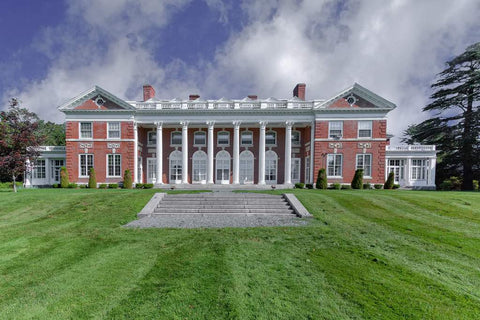Stonehill College Donahue Hall