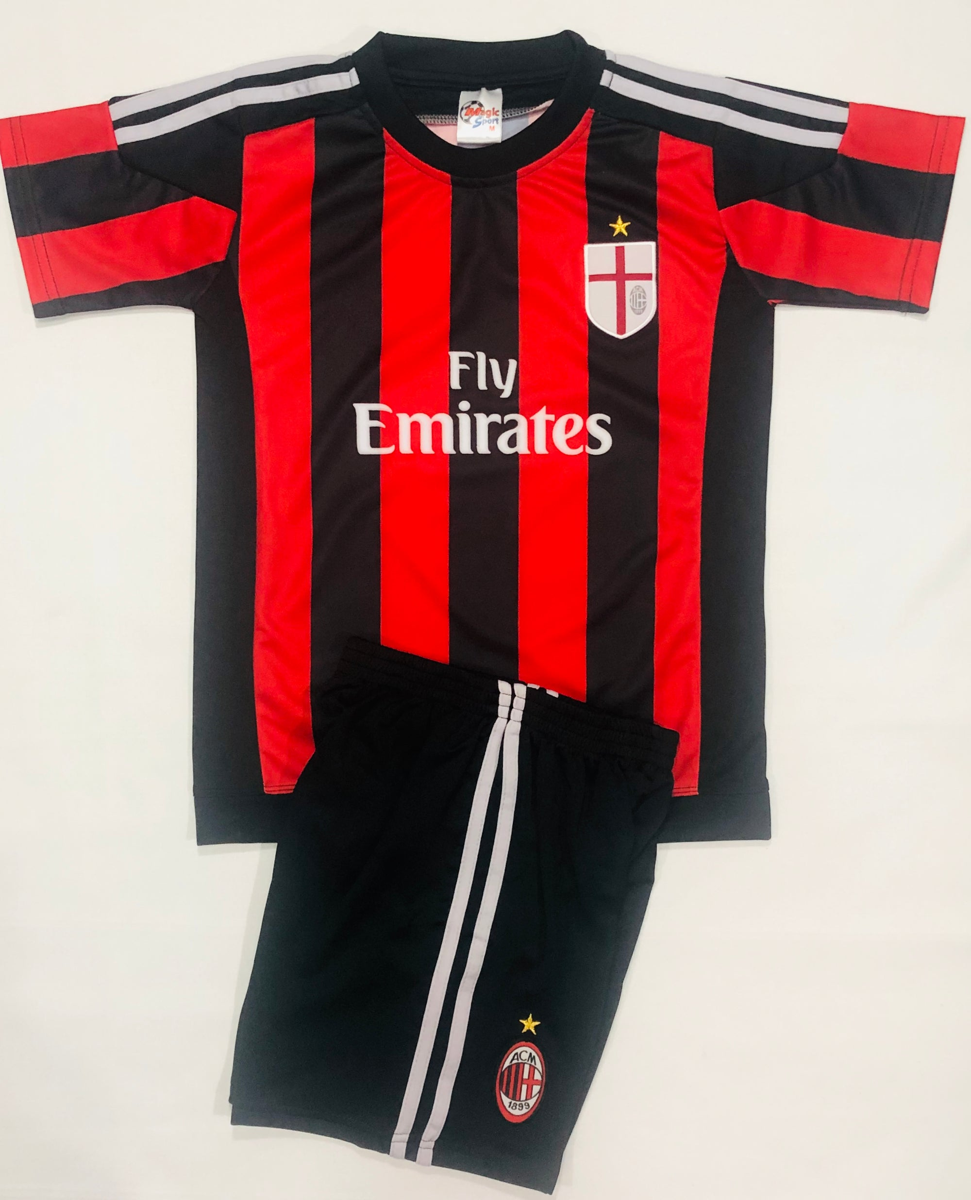 AC MILAN HOME 2015/16 KIDS 2-PIECE SOCCER SET (Version MS)