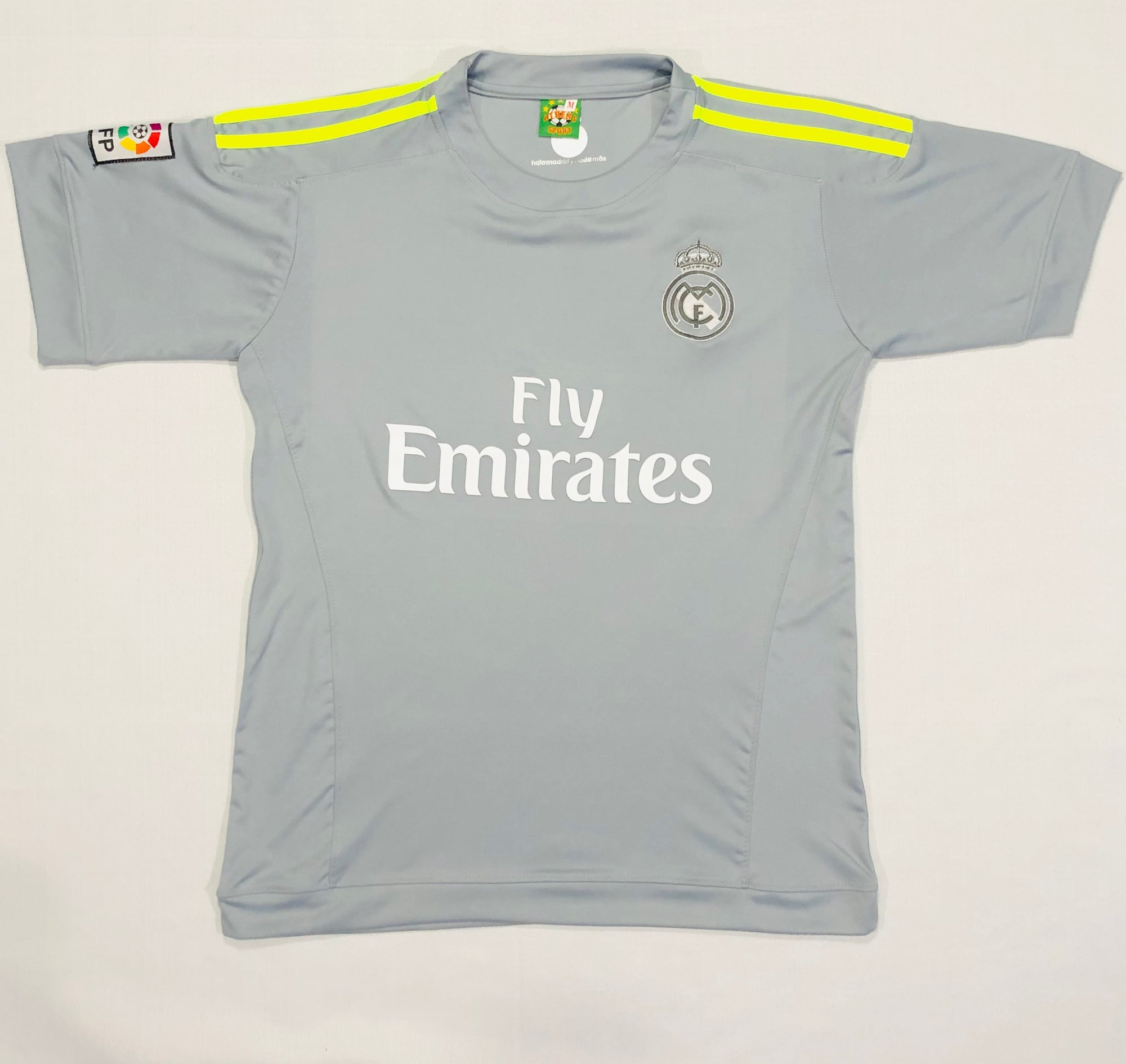 Real Madrid Away 2015/16 Adult Shirt ~ Replica Version