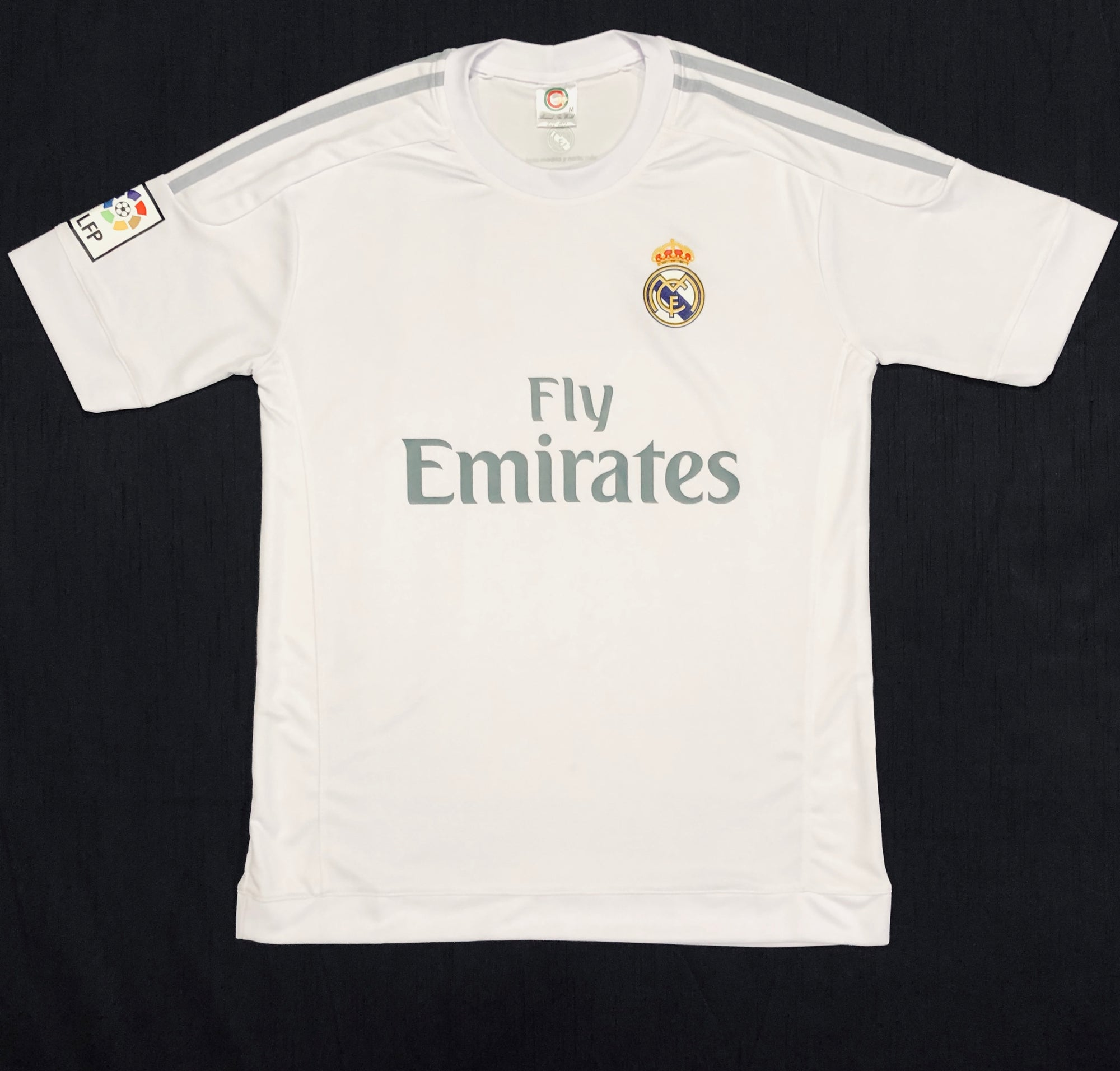 Real Madrid Home 2015/16 Adult Shirt ~ Replica Version
