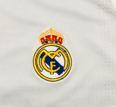Real Madrid Home Shirt 2009/10 ~ Adult Replica