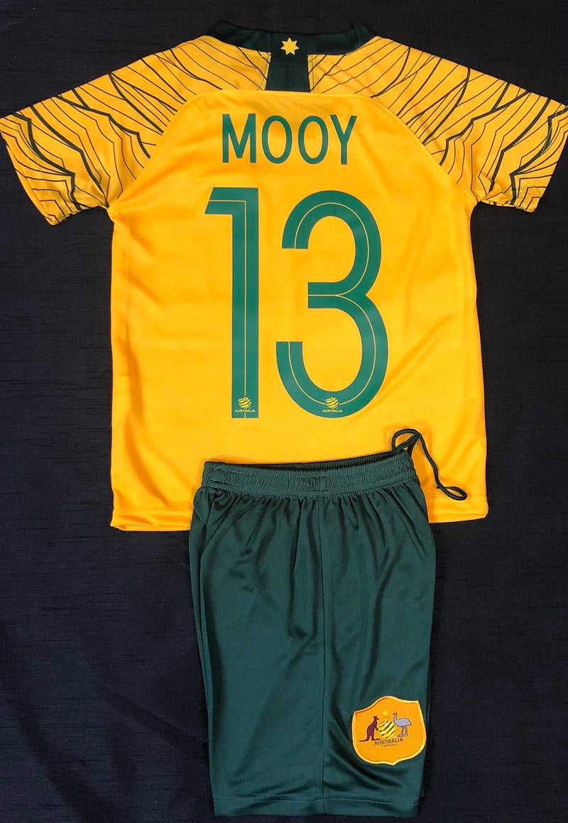 """MOOY 13"" SOCCEROO HOME WORLD CUP 2018 KIDS 2-PIECE SOCCER SET"