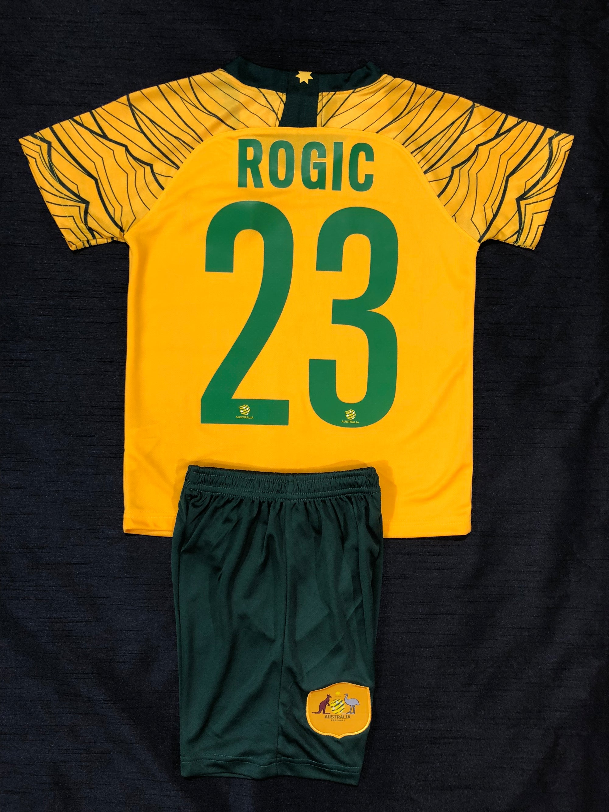 """ROGIC 23"" SOCCEROO HOME WORLD CUP 2018 KIDS 2-PIECE SOCCER SET"