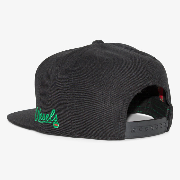 Aksels California Grizzly Snapback Hat - Black