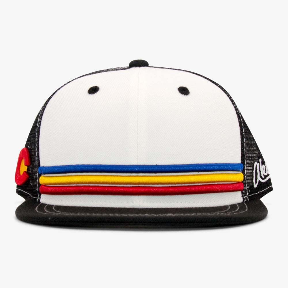 Aksels Colorado Stripes Trucker Hat - White