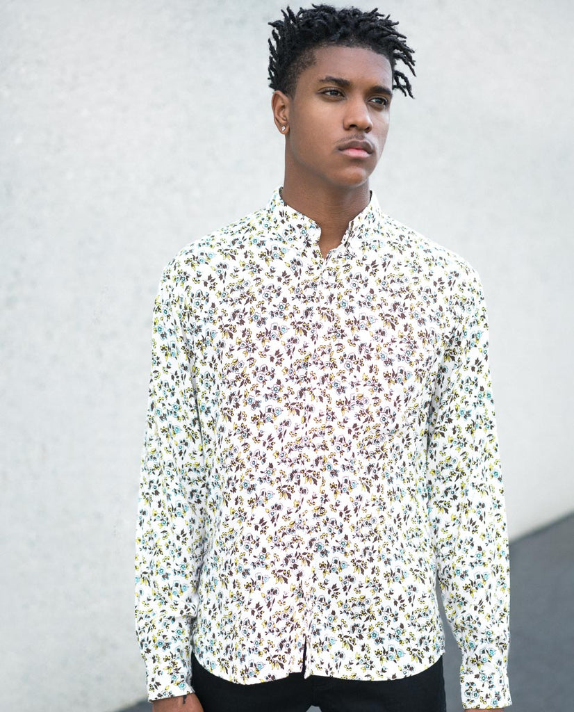 Sky Floral Off White LS Buttonup