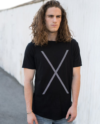 nANA jUDY Crossed Tee Black