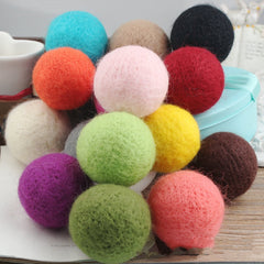 10pcs Handmade Wool Felt Balls for Pets