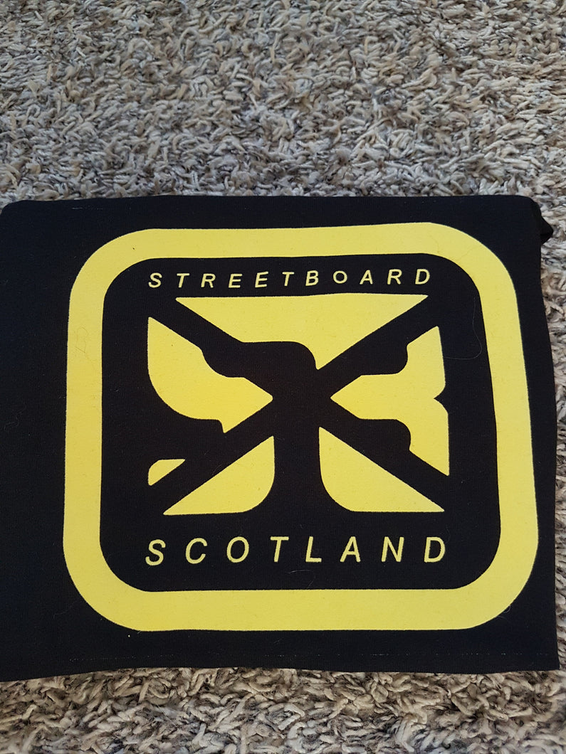 Streetboard Scotland T-shirt black  and yellow size medium