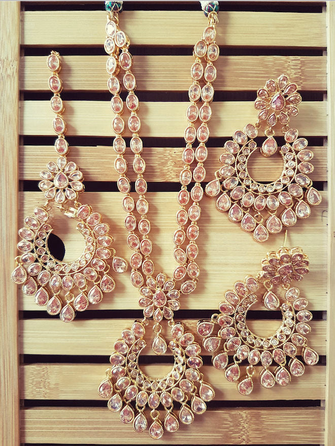 Gorgeous Indian polki bridal party wear necklace with mangtikka and earrings set (Short Version) - Pink Chunari