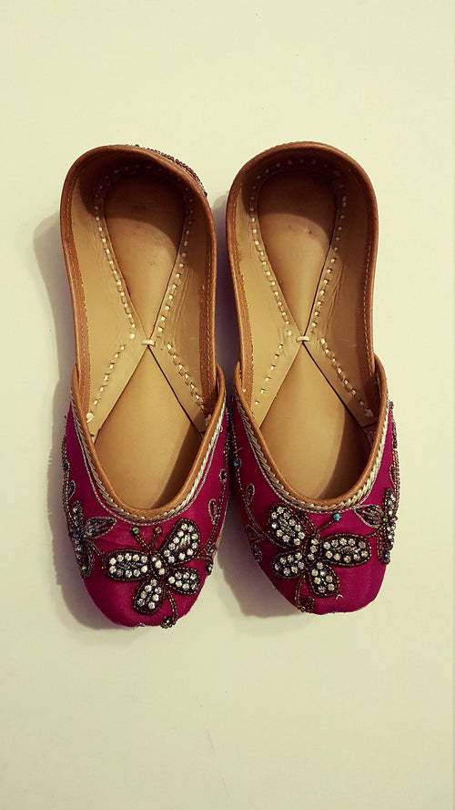 20% off Pink Butterfly Titli Punjabi Juttis Khussas Ballerinas shoes flats bridal party wear gypsy boho - Pink Chunari