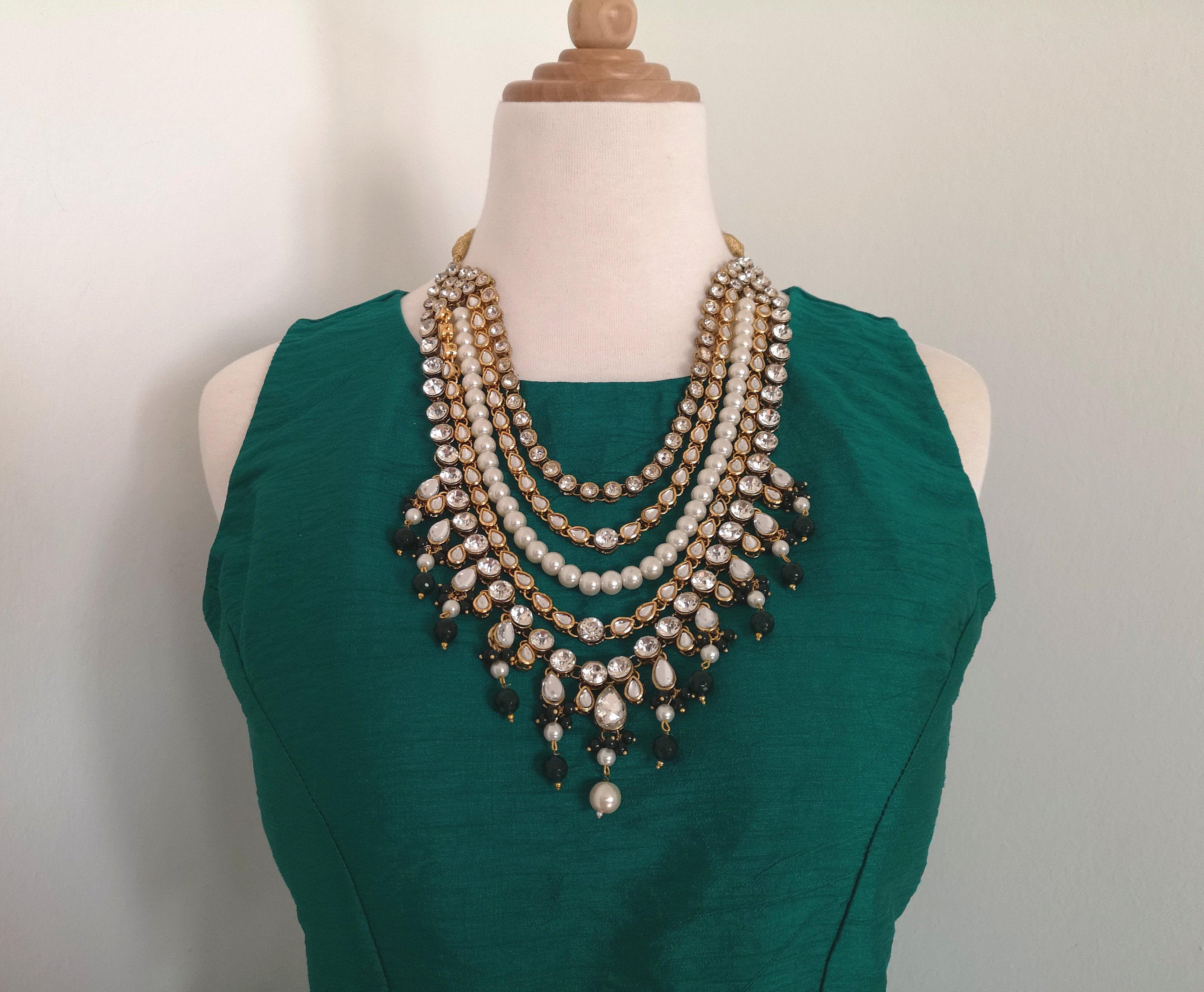 Gorgeous bridal / non-bridal necklace with kundan, polki and dark green stone beads - Pink Chunari