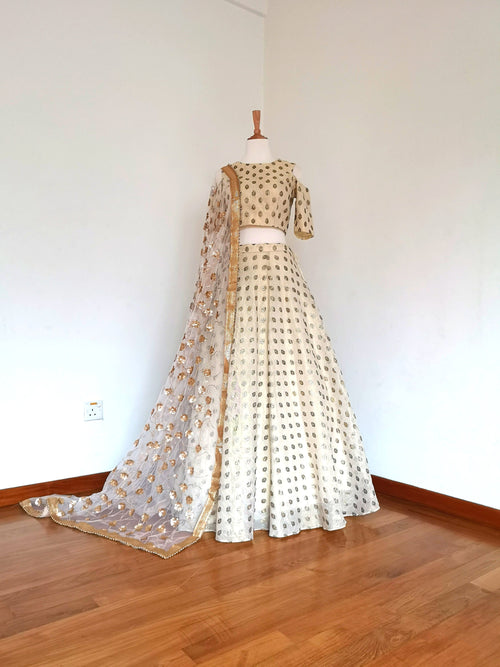 White crop top and lehenga skirt, with foil print all over outfit and sequins gold dupatta Indian Pakistani wedding bride bridal bridesmaid - Pink Chunari