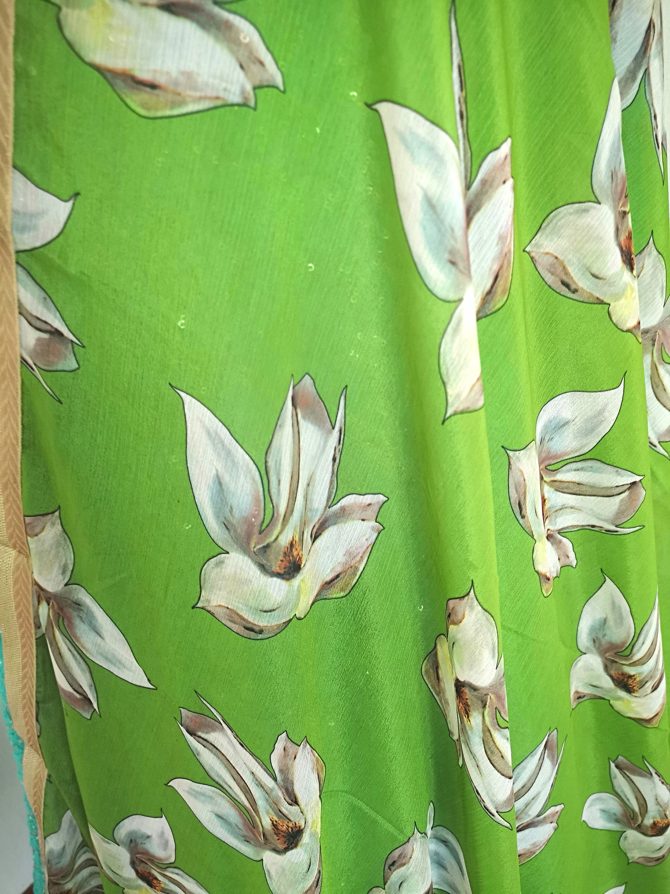 Green Floral chinon dupatta with off-white coloured flowers bridal festive party wear - Pink Chunari