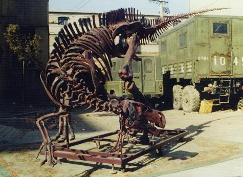 Iguanodon sp. skeleton cast replica