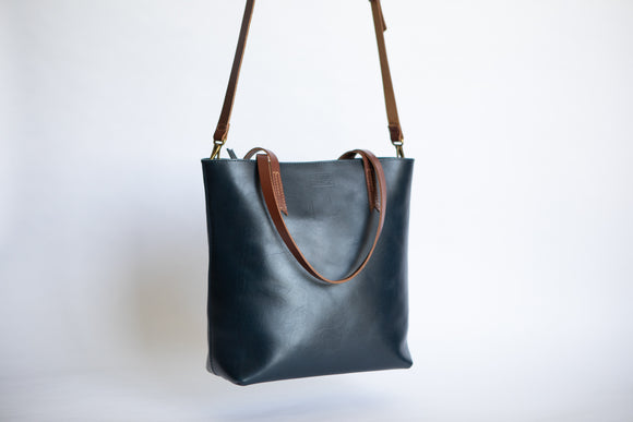 The Classic Zip-Tote |  | Albert Tusk Leather Goods Online