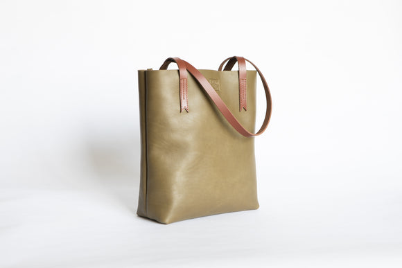 The Medium Tote | Green Leather Tote Bag | Albert Tusk Leather Goods Online