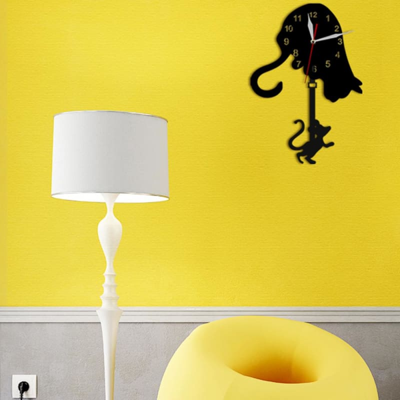 products/cat-and-mouse-pendulum-clock-housewares-catrescue-lampshade-yellow-lighting_386.jpg