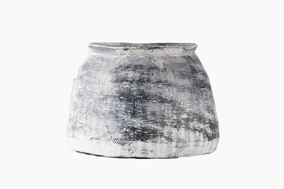 Vintage Charcoal White Washed Clay Pot | Smooth