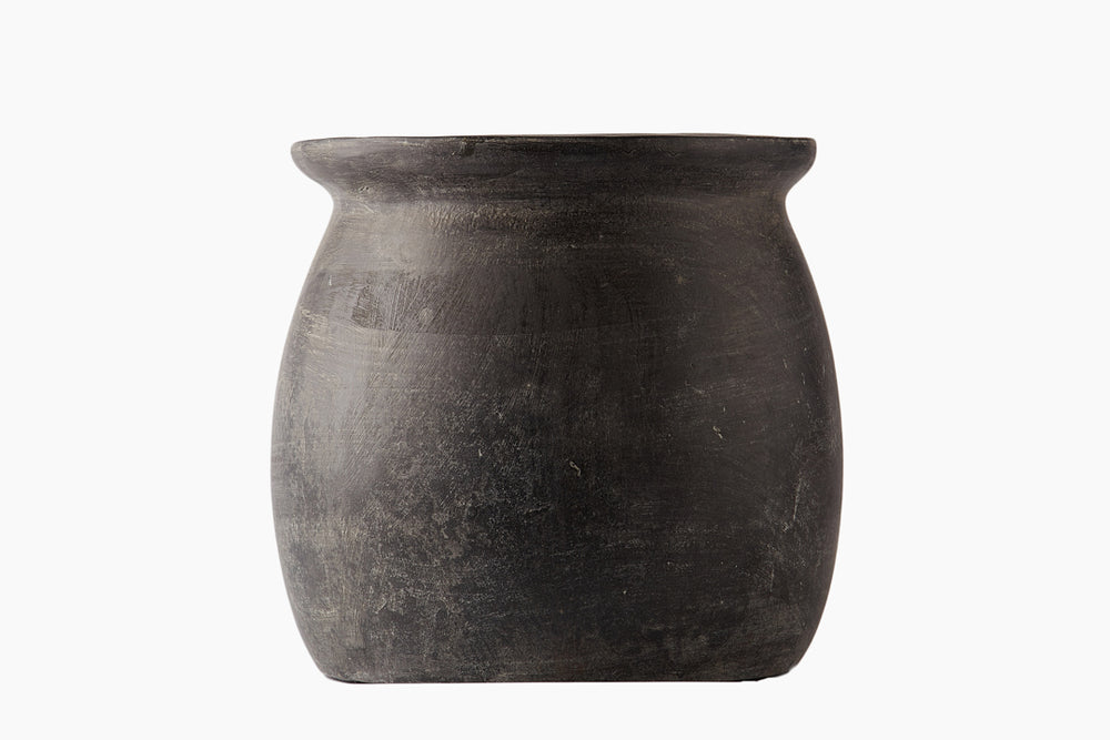 Dark Grey Terracotta Vase - Laetitia