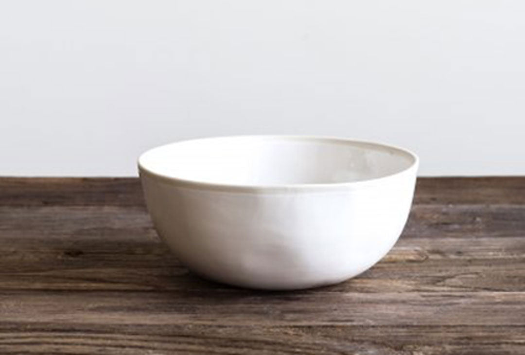 White porcelain serving bowl