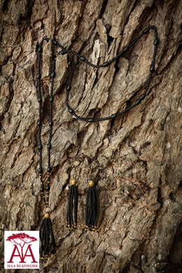 Black Tassel set