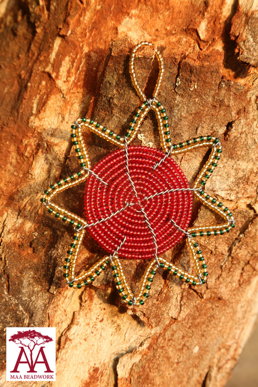 Christmas star in red, green & gold beading design