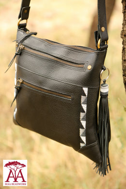 Maa Cross Body Bag in black