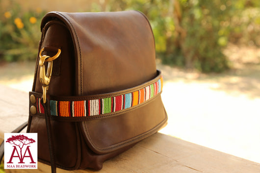 Tuckin Handbag in brown leather