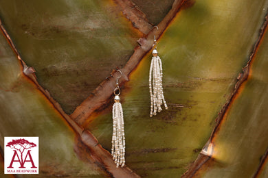 Tassel Earrings in white-silver fading