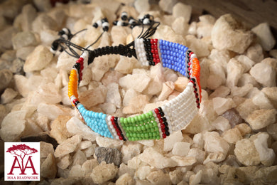 Enkatarr Bracelet in traditional colours, option two