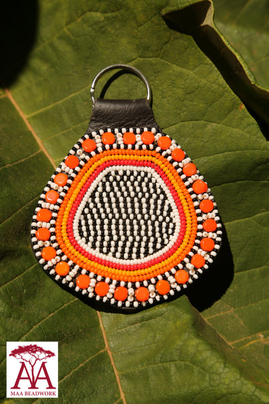 Teardrop keyring in orange/white/black