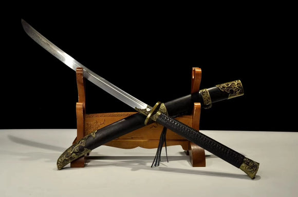 Horse-Chopping Sword Handmade Damascus Steel Blade