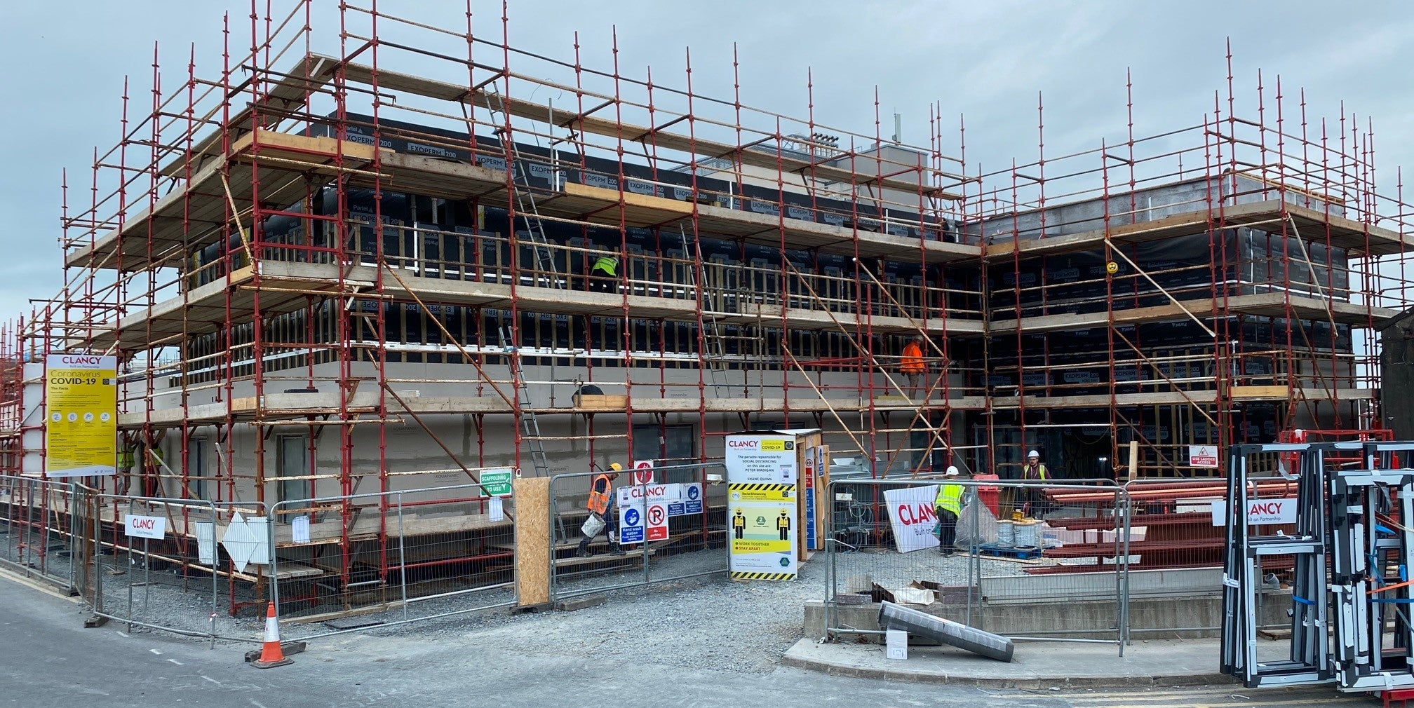 EXOPERM™ MONO DURO 200 Fire-Rated Membrane Contributes to the Extension of University Hospital Limerick, as part of Covid-19 efforts