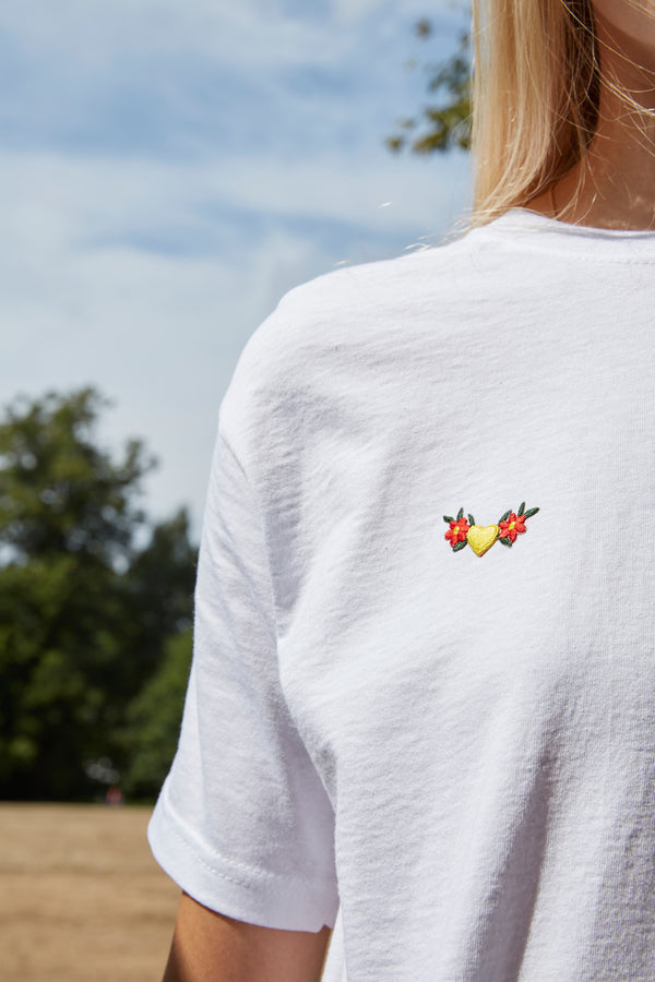 Embroidered Flower Heart Patch White T-Shirt