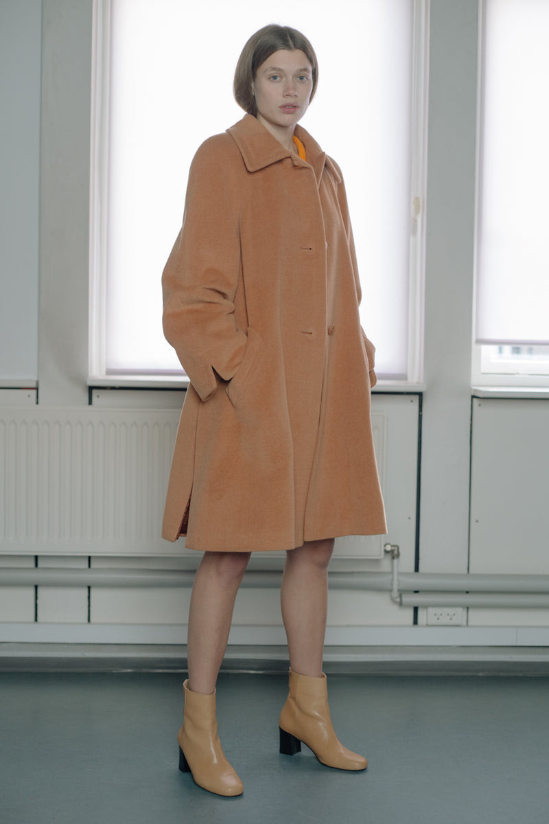 Cashmere Peach Coat - Studio Travel