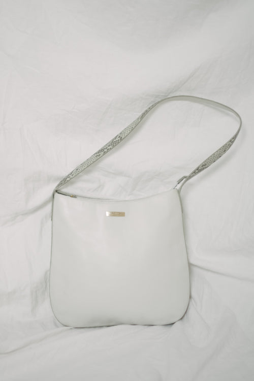 Vintage Laura Biagiotti shoulder leather bag in white color with snake print detail