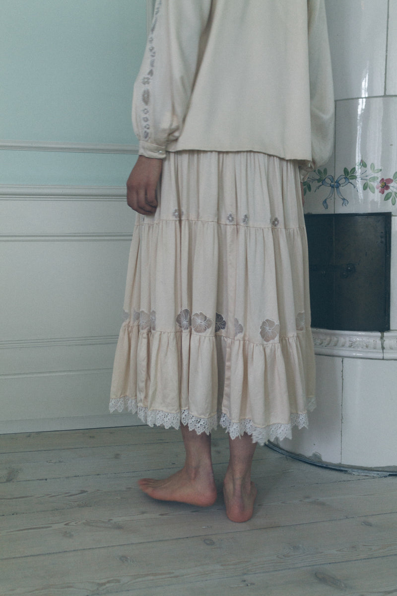 Handcrafted Silk Skirt Set - Studio Travel